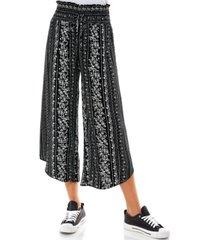 kingston grey juniors' printed smocked curved-hem crop pants