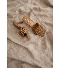 na-kd shoes högklackade skor med flera remmar - beige