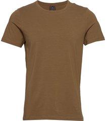 kyran t-shirt t-shirts short-sleeved brun oscar jacobson