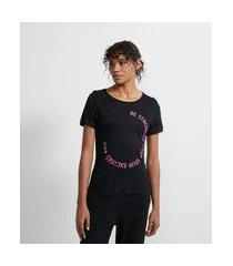 camiseta esportiva em viscose com estampa motivacional em círculo | get over | preto | m