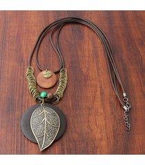 collana lunga ciondolo in legno a doppio strato collana lunga ciondolo a forma di foglia con ciondolo a forma di foglia