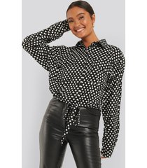 na-kd drawstring dotted blouse - multicolor