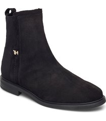 essential flat boot shoes boots ankle boots ankle boot - flat svart tommy hilfiger