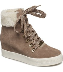 windy high sneaker shoes boots ankle boots ankle boots with heel beige steve madden