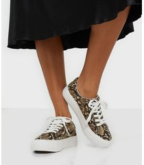 duffy snake platform sneaker low top