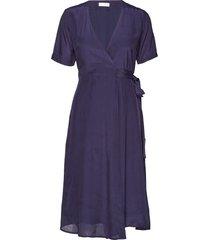 2nd betts knälång klänning blå 2ndday