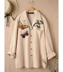 camicetta casual con risvolto a maniche lunghe ricamata a farfalla con tasca per donna
