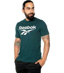 camiseta verde-blanco reebok