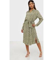 object collectors item objkalila l/s shirt dress 108 div långärmade klänningar