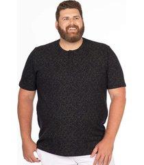 camiseta longford henley plus size dark jungle preto - preto - masculino - dafiti