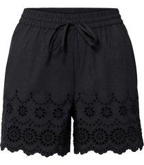 shorts con ricamo traforato (nero) - bodyflirt