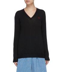 anagram embroidered v-neck cashmere sweater