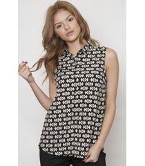 blusa cuello clasico y botones negra 609 seisceronueve