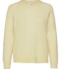 slflulu ls knit o-neck b stickad tröja gul selected femme