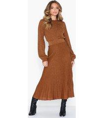 selected femme slfzamba midi lurex knit skirt b maxikjolar