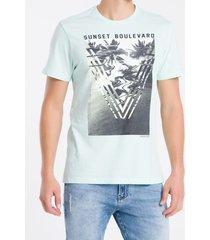 camiseta masculina sunset boulevard verde claro calvin klein jeans - pp