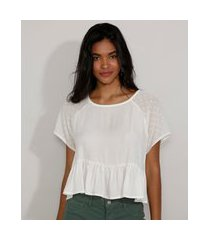 blusa feminina manga curta raglan ampla com poá e babado decote redondo off white