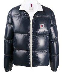 moncler jaqueta matelassê com patch de logo - azul