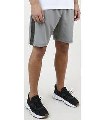 bermuda masculina esportiva ace com faixa lateral em tela cinza