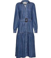 cas dress maxi dress galajurk blauw just female