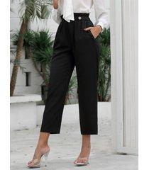 botones delanteros negros con bolsillos laterales pantalones