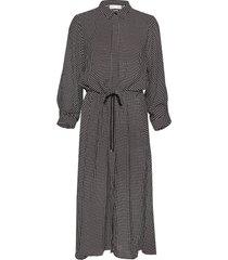 harlow dress knälång klänning svart inwear