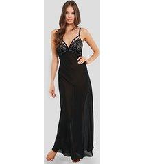 black dahlia long nightgown