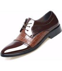 uomo scarpe formali da business in pelle a righe e quadri a punta con lacci