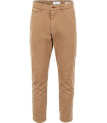 closed atelier trousers