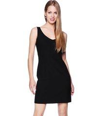 sukienka mała czarna classic