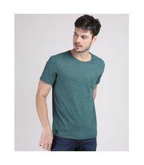 camiseta masculina básica com bolso manga curta gola careca verde escuro