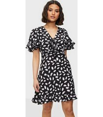 ax paris short sleeve v neck knot dress loose fit dresses