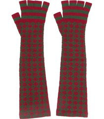 chanel pre-owned long knitted fingerless gloves - red