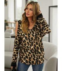 yoins camiseta de manga larga con hombros descubiertos y estampado de leopardo marrón