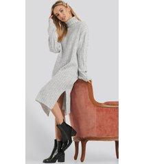 na-kd long rib knitted polo dress - grey