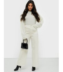 gina tricot fia corduroy trousers byxor offwhite