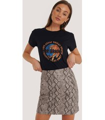 na-kd snake print mini skirt - multicolor