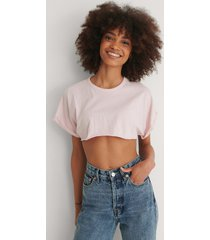 trendyol croppad t-shirt - pink