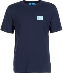 t-shirt korte mouw calvin klein jeans monogram chest badge logo cotton tee