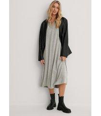 trendyol lång stickad klänning - grey