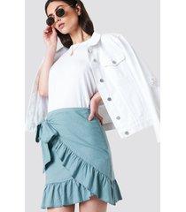 kristin sundberg for na-kd side knot frill skirt - green