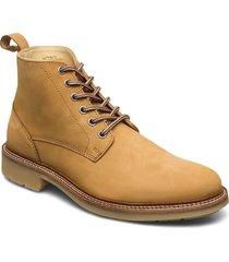 avenue boot snörade stövlar beige makia