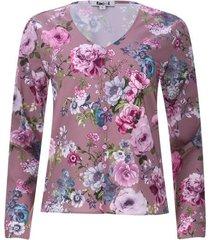 blusa floral con botones en frente color morado, talla 6