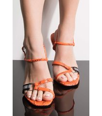 akira cape robbin teach u how to flex snake stiletto sandal
