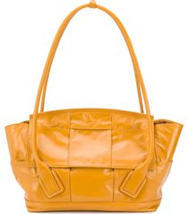 bottega veneta medium arco slouch tote bag - yellow