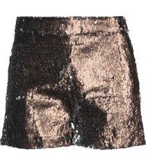 lariga shorts
