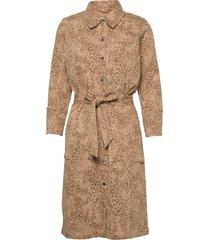 selby leo dress knälång klänning beige mos mosh
