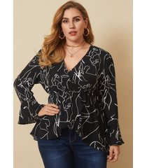 blusa de manga larga con cuello en v y talla grande diseño