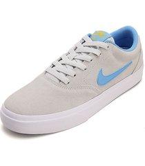 tenis skateboarding gris-blanco-azul nike sb cherge suede,