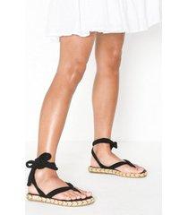 nalho karabi sandal flip-flops